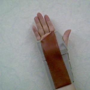 手掌固定板